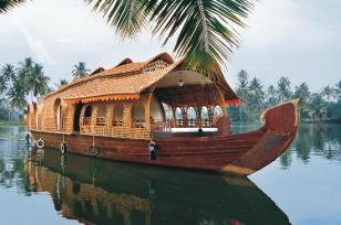 Compare Holiday Tour Packages in India and Save Money